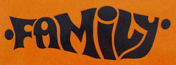 family.logo1